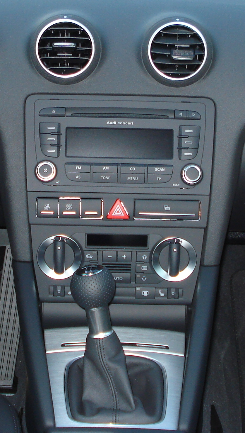 8p radio hilfe audi a3 forum f r tuning probleme for Mueble 2 din audi a3